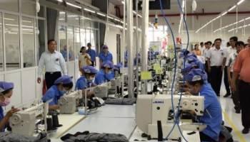 Công ty may đồng phục công nhân giá rẻ uy tin chất lượng nhất
