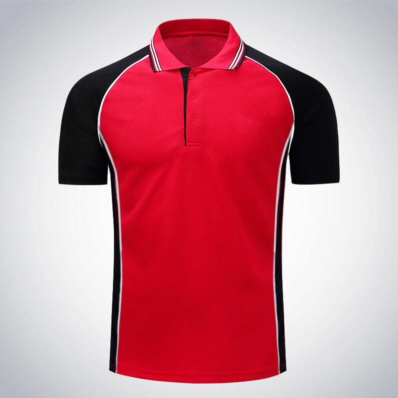 áo phông đỏ phối đen thể thao