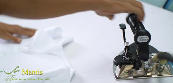 Sản phẩm đồng phục của Mantis có chất lượng cao, mẫu mã đẹp, giá rẻ