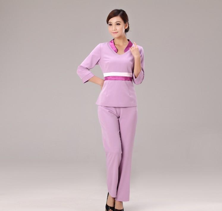 Chất vải mát, nhẹ nhàng tạo nên một mẫu đồng phục nhân viên spa đẹp