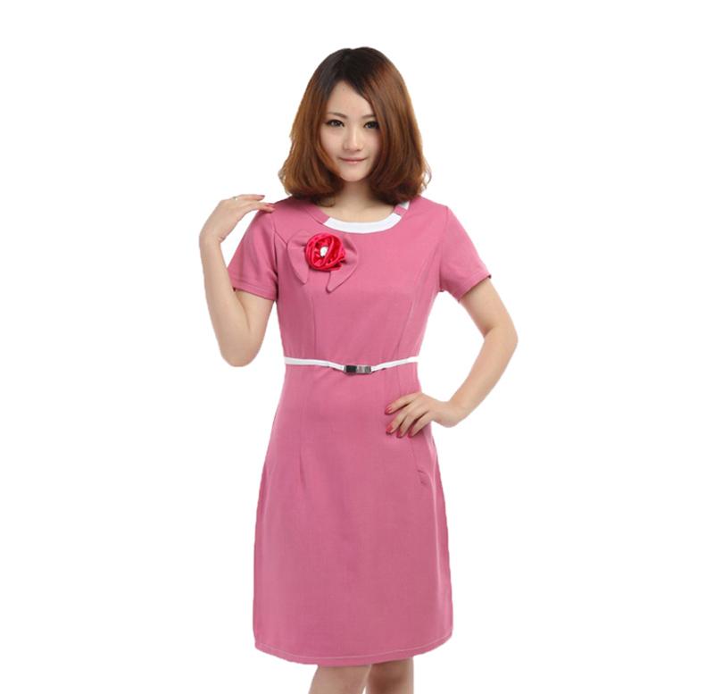 Mẫu đồng phục nhân viên spa màu hồng