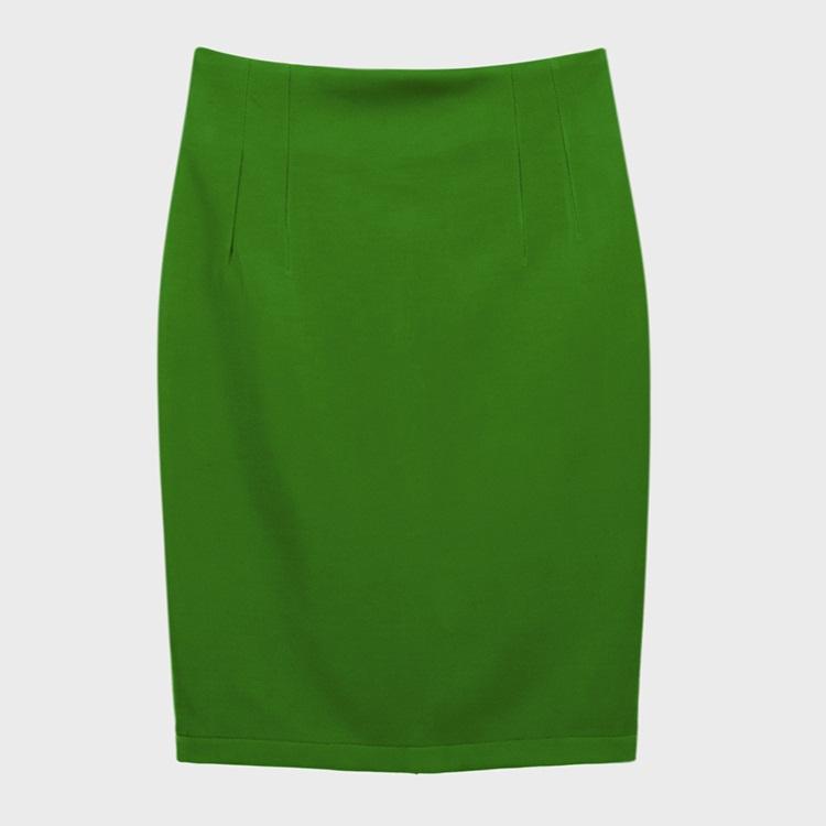 Zuyp nữ thu cho nàng công sở mầu xanh lá đậm.