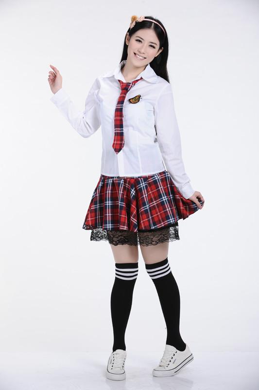 Đồng phục học sinh cấp 3 đẹp và nữ tính