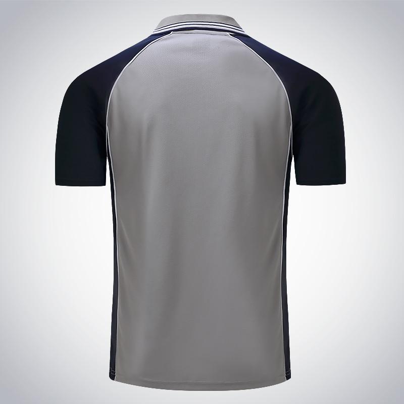 Áo phông xám phối xanh đen
