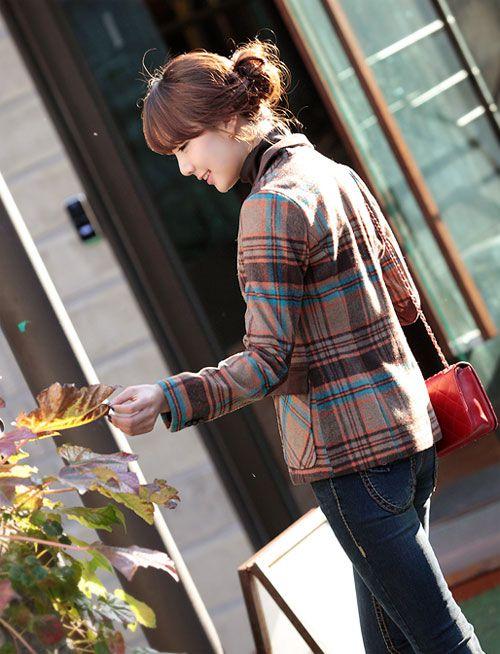 áo vest ngày nay rất đa dạng có thể màu đen, vàng, tím, đỏ, sọc thậm chí là hoa văn 4
