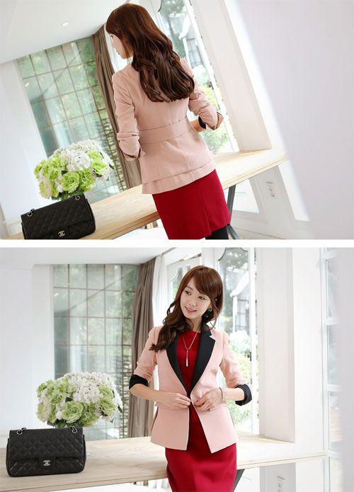 Áo vest là mẫu áo rất dễ dàng kết hợp cùng các trang phục khác như quần tây, áo sơ mi, chân váy, váy liền14