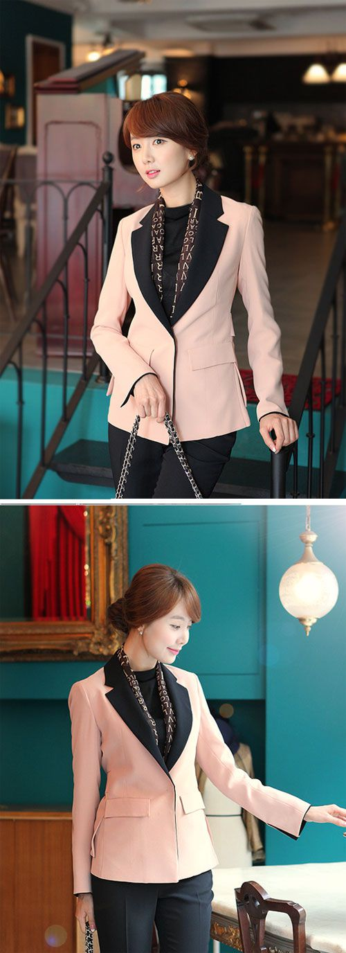 Áo vest là mẫu áo rất dễ dàng kết hợp cùng các trang phục khác như quần tây, áo sơ mi, chân váy, váy liền13