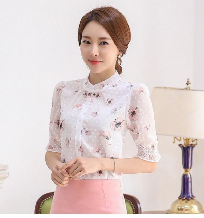 Nếu bạn là cô nàng yêu thích vẻ đẹp trẻ trung, nổi bật của trang phục họa tiết thì đừng bỏ qua xu hướng này.4
