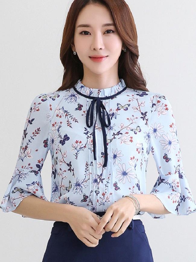 Nếu bạn là cô nàng yêu thích vẻ đẹp trẻ trung, nổi bật của trang phục họa tiết thì đừng bỏ qua xu hướng này.3