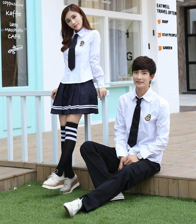 Đồng phục học sinh trung học