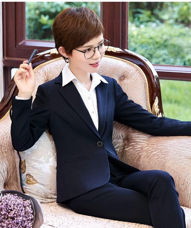 Đánh giá đồng phục vest nam may tại Mantis 3