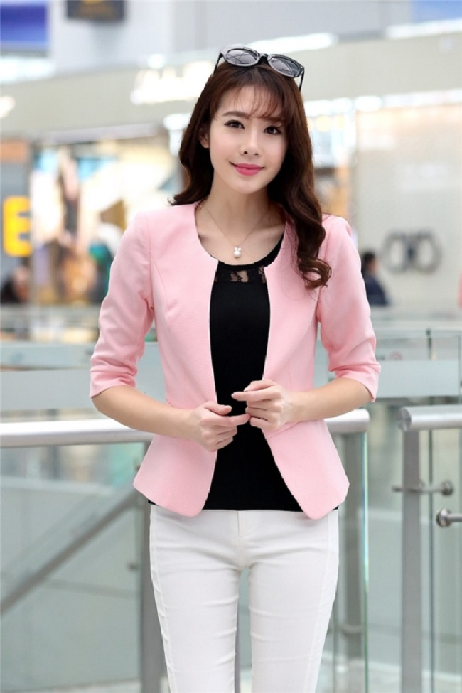 vest nữ công sở mầu hồng giúp cho nàng sáng da.