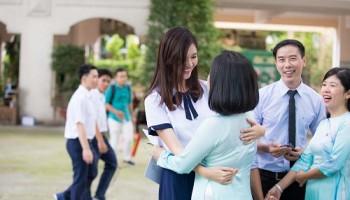 Ăn mặc như thế nào phù hợp cho giáo viên nữ?