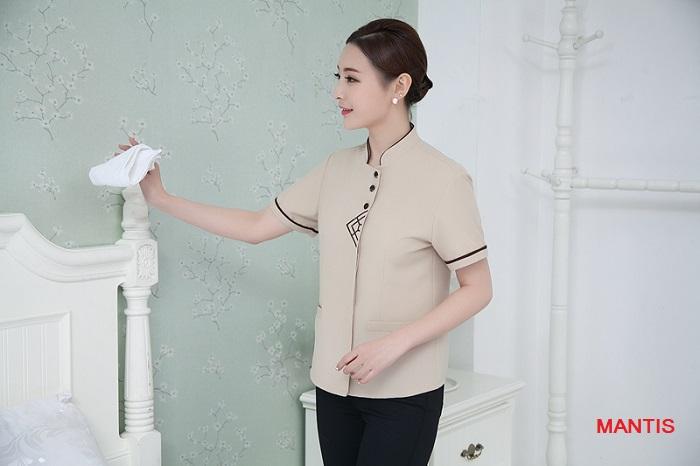 Mẫu đồng phục đẹp cho nhân viên buồng phòng