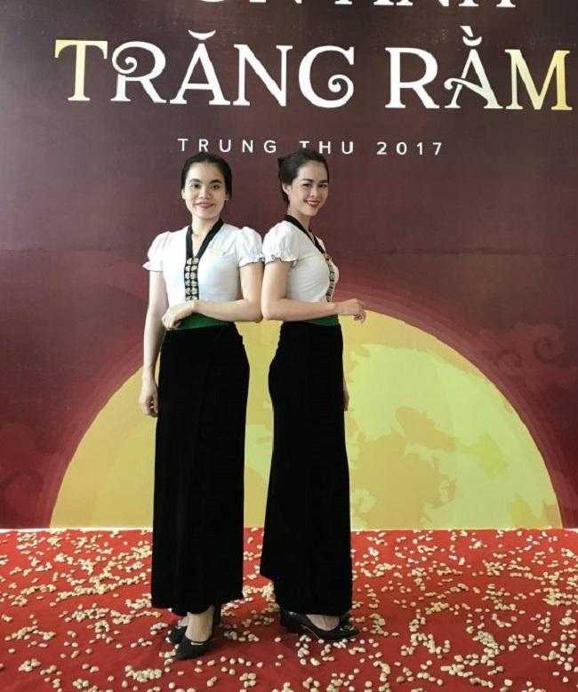 Váy Thái truyền thống của nhân viên khác sạn Mường Thanh.