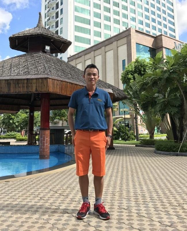 Đồng phục nhân viên trông bể bơi của Mường Thanh.