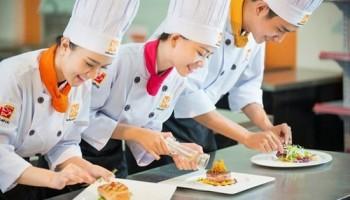 Nhục vinh nghề đầu bếp nhà hàng khách sạn