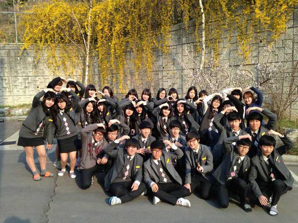 Đồng phục học sinh các Trường Hàn Quốc hiện nay cho mùa đông.