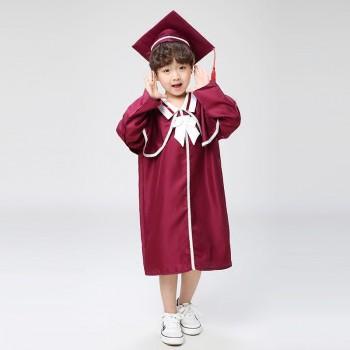 Quần áo tốt nghiệp mầm non