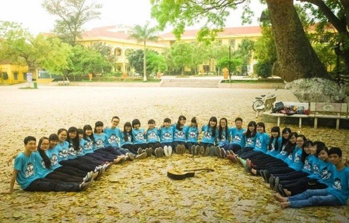 Chọn màu cho đồng phục áo thun học sinh