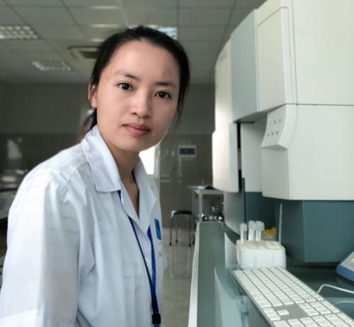 tiến sĩ tế bào gốc Vũ Bích Ngọc