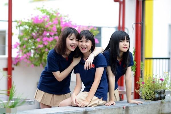 Mẫu áo phông đồng phục học sinh đẹp hè 2018