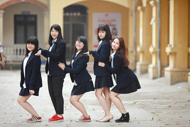 Mẫu đồng phục học sinh đẹp của trường Phan Đình Phùng