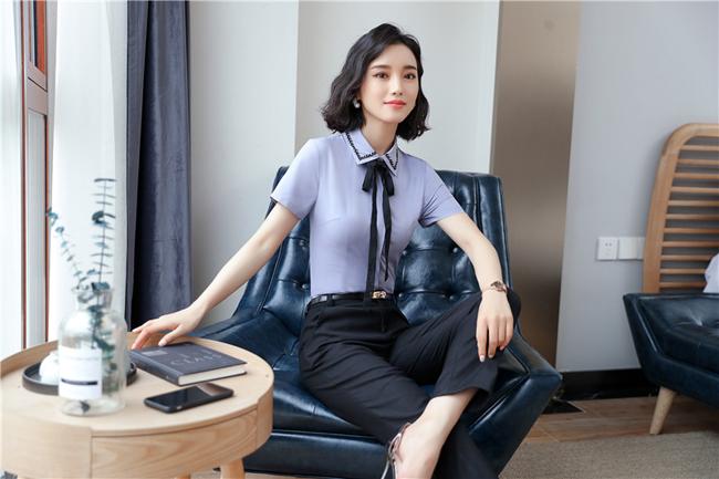 mẫu đồng phục sơ mi nữ công sở cộc tay xanh phối đen thời trang