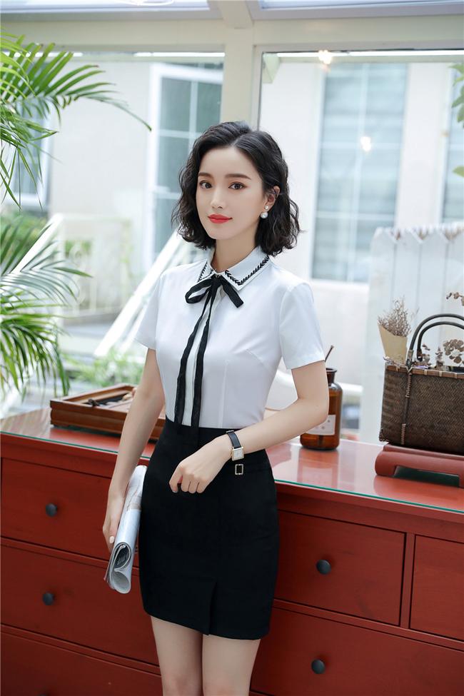 mẫu đồng phục sơ mi nữ công sở trắng phối đen đẹp2