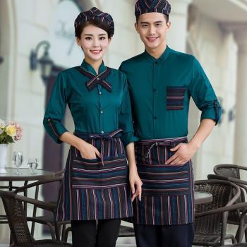 đồng phục nhân viên nhà hàng mầu xanh cho nam nữ đẹp