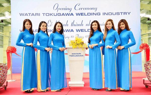 đồng phục áo dài pg sự kiện