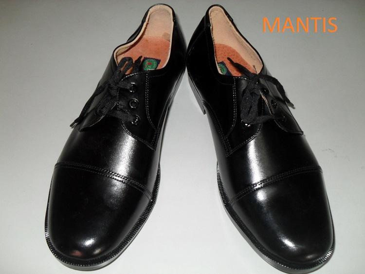 giầy bảo vệ bán sẵn rẻ đẹp