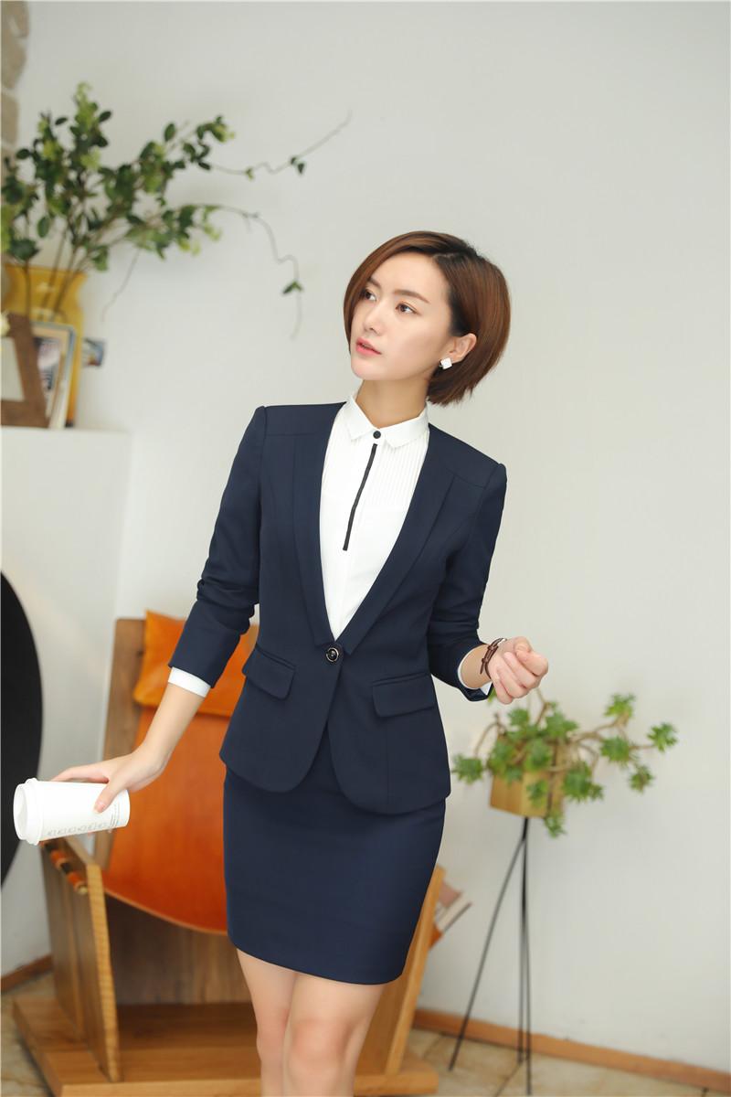 bộ vest nữ trẻ trung mầu xanh tím than.