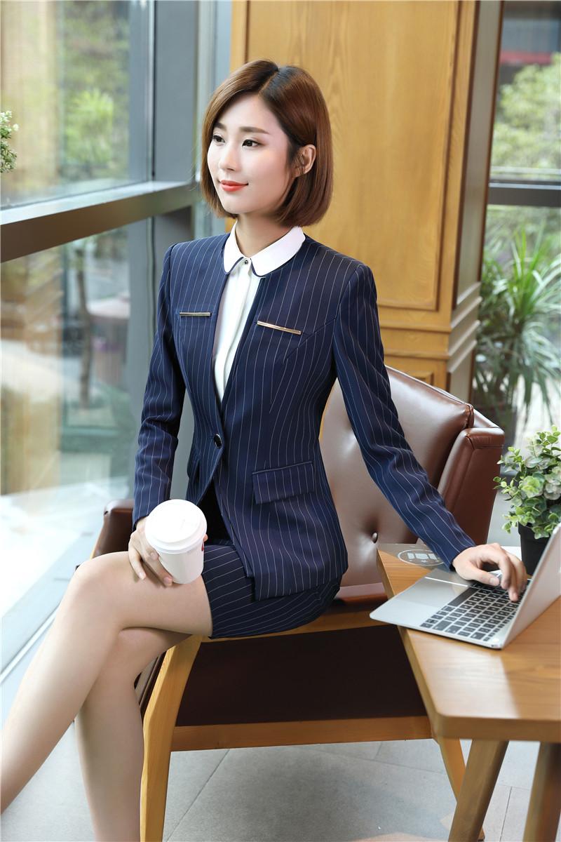bộ vest nữ trẻ trung cách điêu