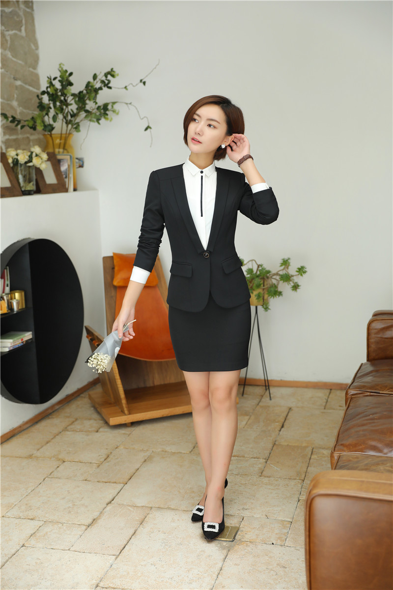 bộ đồ vest nữ trẻ trung đẹp