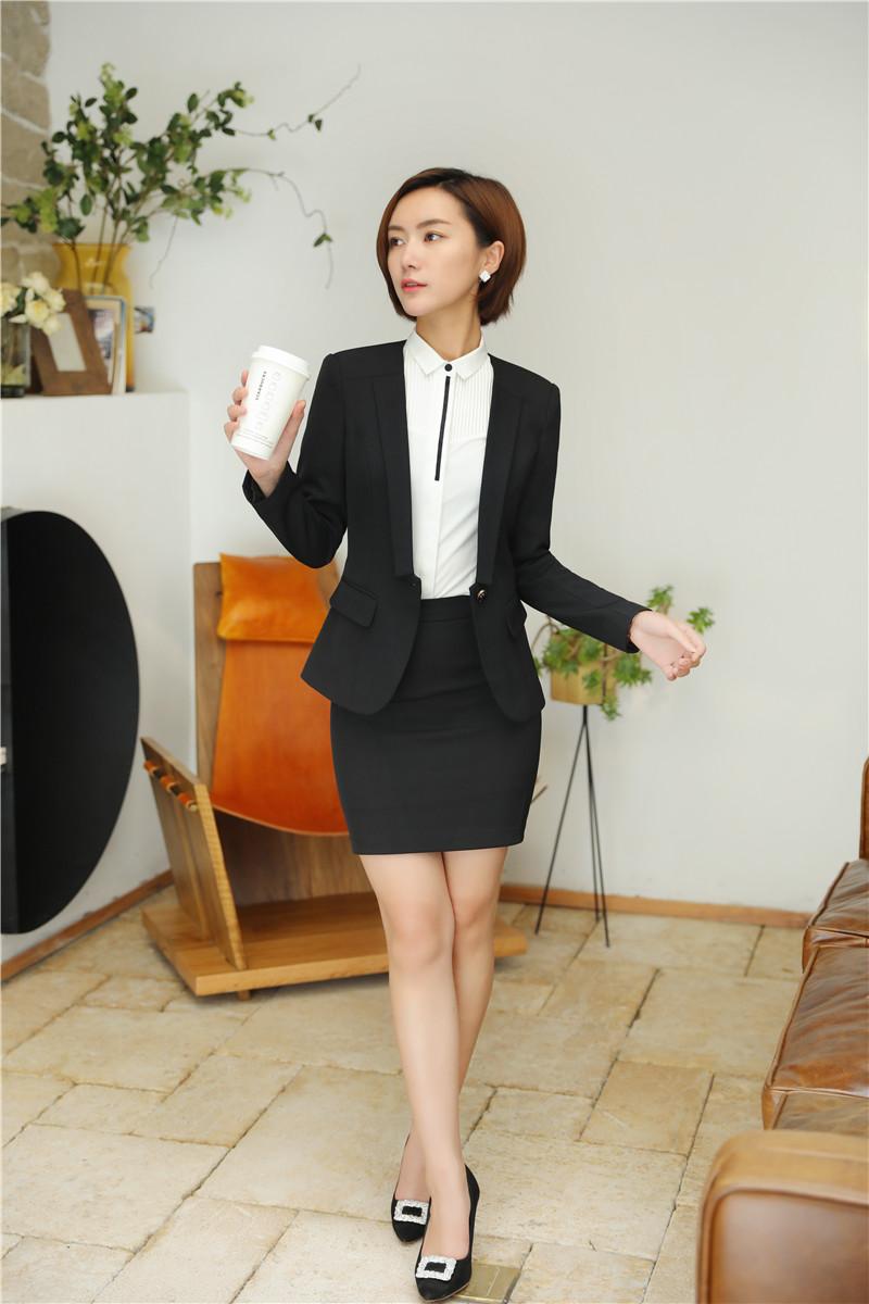 bộ đồ vest nữ trẻ trung đen